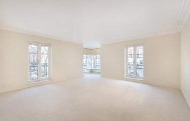 Oak Lodge, Chantry Square, W8 5UL
