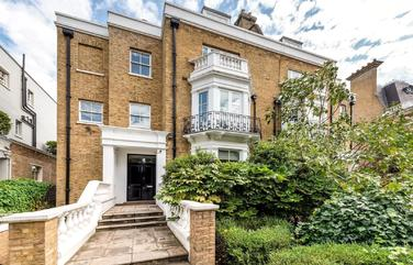 Campden Hill Road, London, W8 7AA